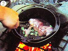 ダッチオーブンレシピ チキンの黒ビール煮 作り方2