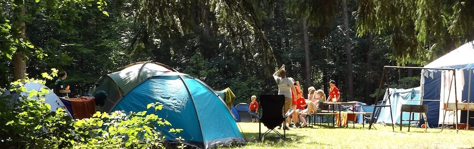 キャンプを楽しむ風景