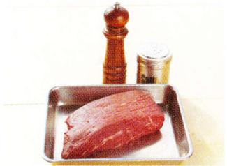 ローストビーフの材料 ダッチオーブンレシピ