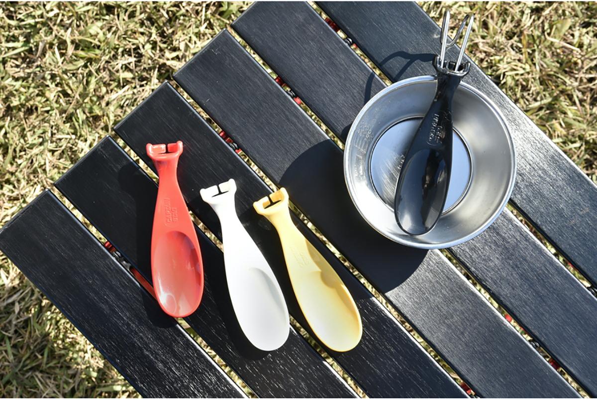 シェラカップスプーン ワイヤーハンドルタイプのシェラカップに取り付けが可能